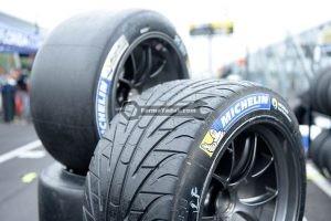 wet tires 300x200 فارما یدک   فروش انواع لوازم یدکی